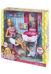 Barbie Conjuntos Mobiliario y Muñeca Mattel DVX51