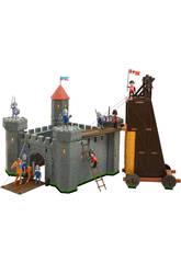 Château Médiéval Avec Tour d'Assault