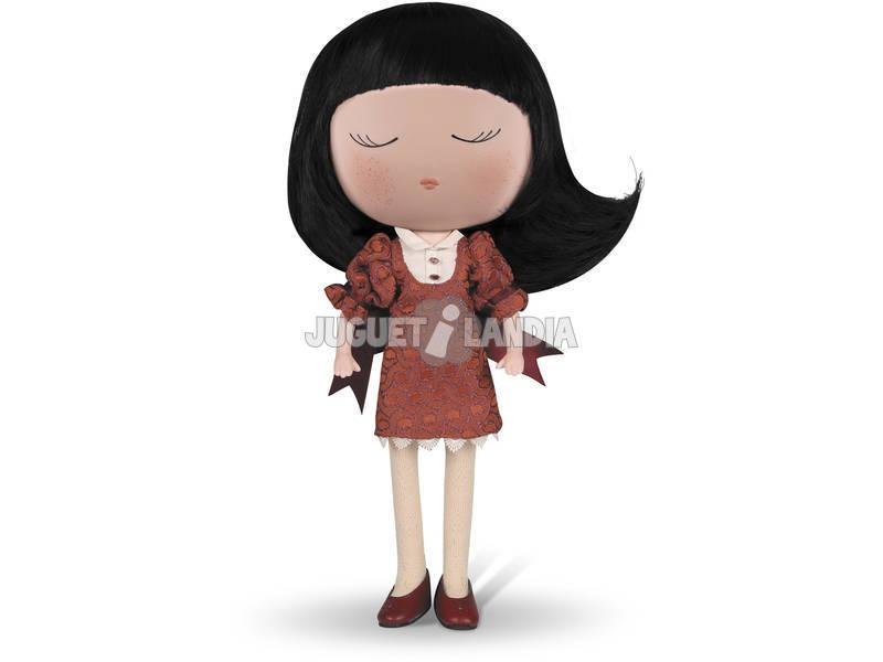 Boneca Anekke Fato Grená 32 cm.