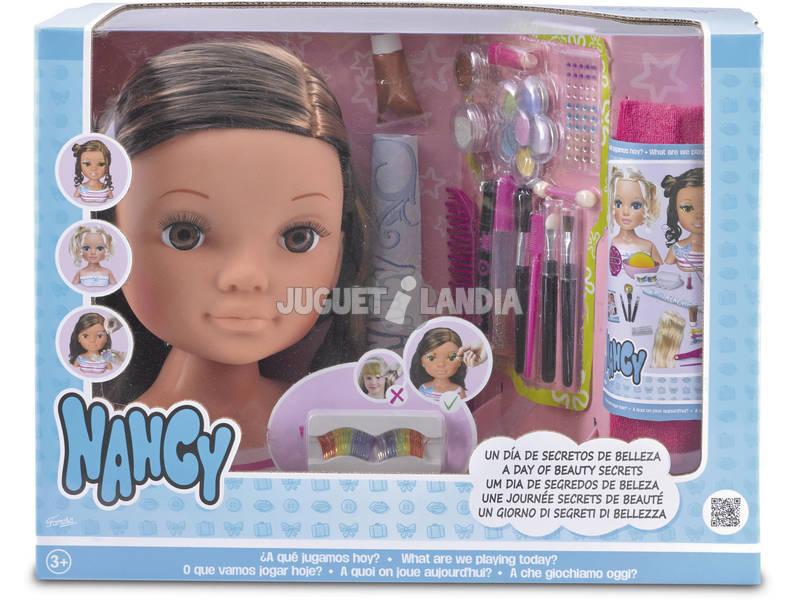 Nancy Un Día De Secretos de Belleza Surtido Famosa 700013522