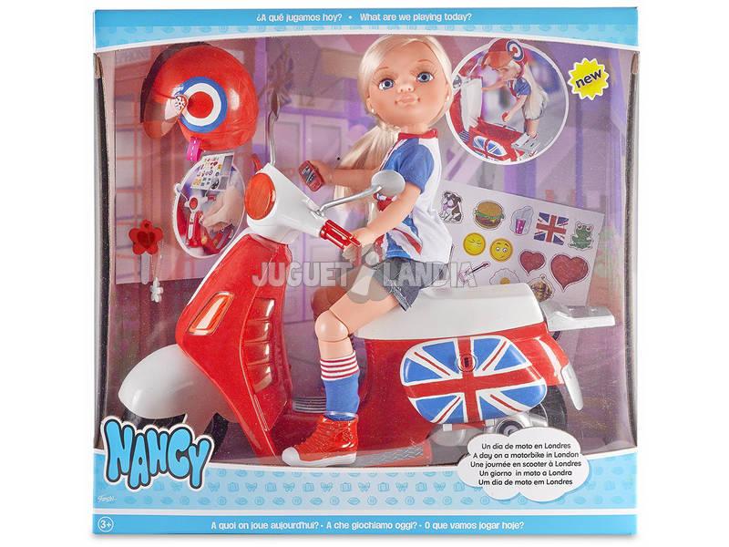 Nancy Un Día de Moto en Londres Famosa 700013860