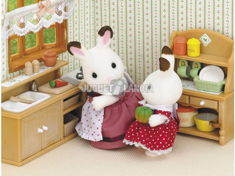 Acheter sylvanian families kit cuisine epoch pour imaginer for Sylvanian families cuisine