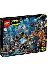 Lego Super-heróis Irrupção de Clayface na Batcaverna 76122