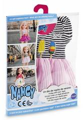 Nancy Une Journée avec des Vêtements d'Été Famosa 700014111