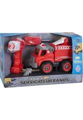Feuerwehrwagen mit Schrauberdreher und Bohrer