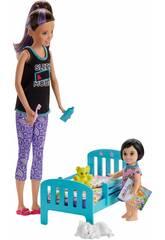 Barbie Skipper Niñera con Bebé Mattel GHV88