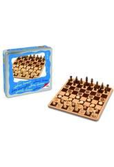 échecs, dames un bois dans une caisse un métal