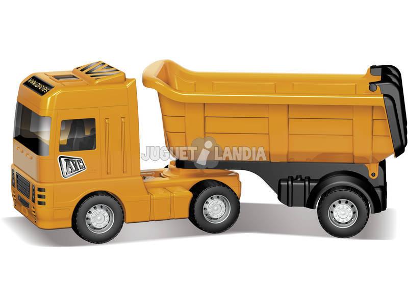 Camion benne travaux publiques