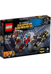 Lego SH Batman Persecucion en Moto por Gotham City